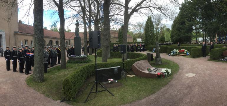 Mauno Koiviston hautajaiset