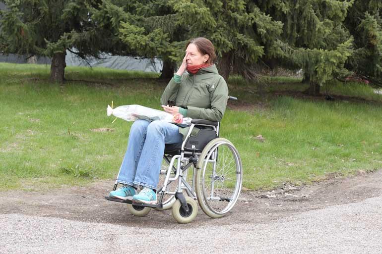 Minna Turunen joutui pyörätuoliin väkivallan seurauksena.