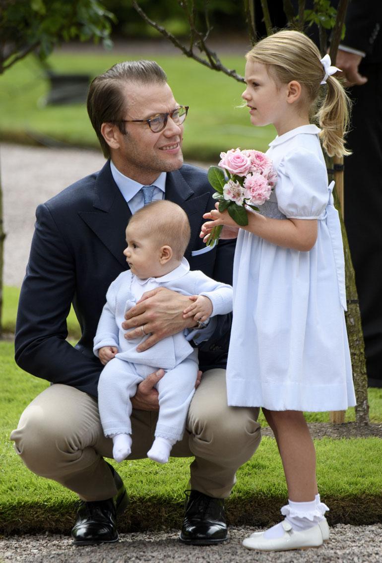 Ruotsin prinssi Daniel, prinsessa Estelle ja prinssi Oscar