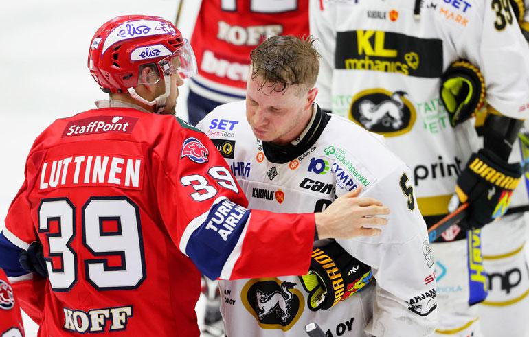 Kukkosen ja Kärppien viime kausi päättyi pahaan pettymykseen.