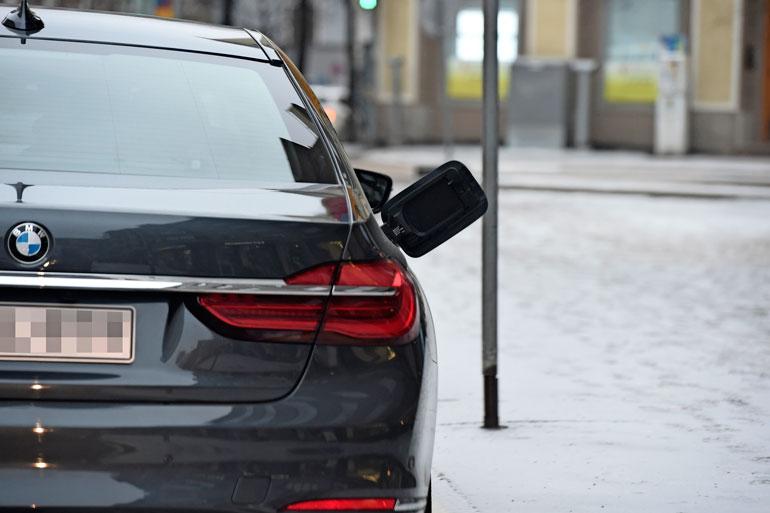Presidenttien auton bensatankki.