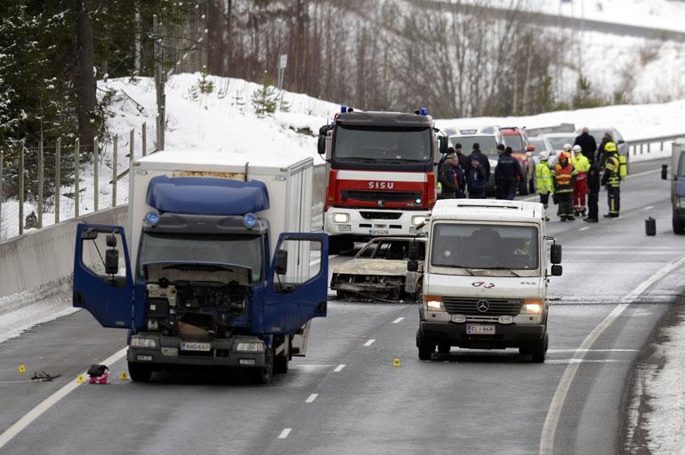 Salon epäonnistunut arvokuljetusryöstö tapahtui helmikuussa 2016, kun konepistoolilla aseistautuneet miehet pysäyttivät arvokuljetusauton Turun moottoritiellä. Ryöstäjät yrittivät teon aikana muun muassa räjäyttää auton ovet.