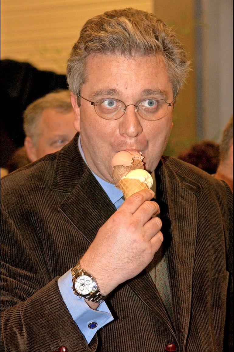 Belgian prinssin paheena on yösyöpöttelyn lisäksi suklaahimo.
