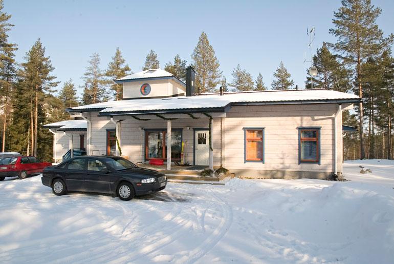 Laura ja ex-mies omistivat hulppean talon Heinolassa.