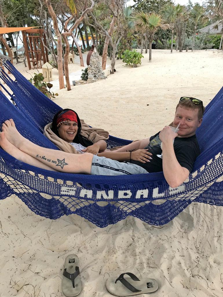 Sampo ja Minttu viettivät lähes kolme viikkoa reissussa. – Myöhästyimme Jamaikan-koneesta ja jouduimme viettämään vuorokauden Floridassa.
