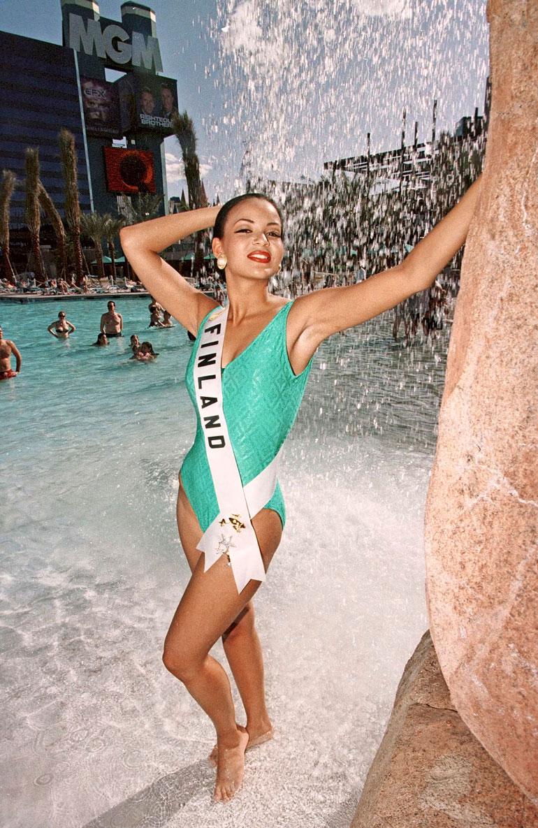 Lola Odusoga 1996