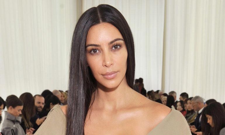 Kim poseeraa lokakuussa 2016