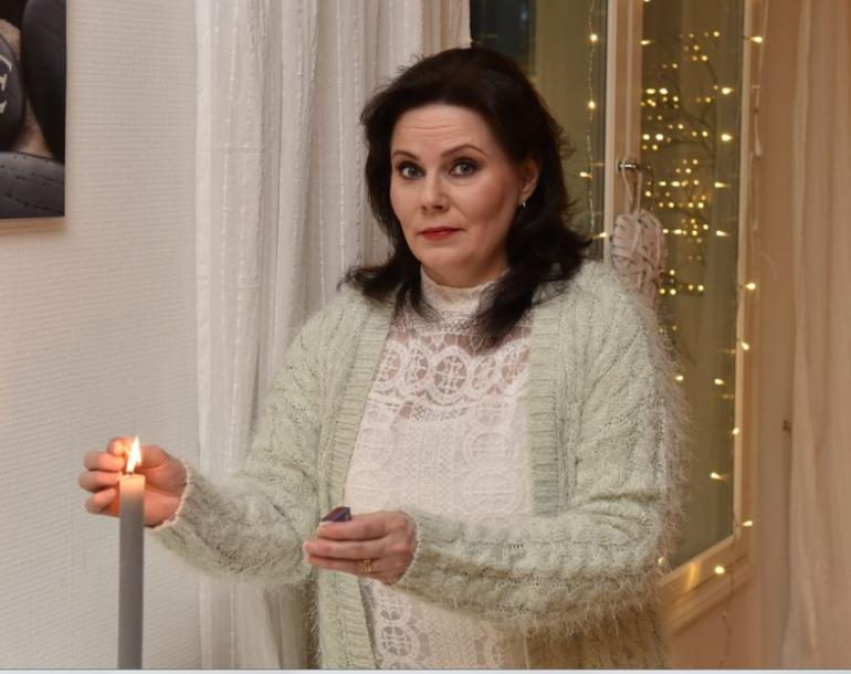 Nina Vain