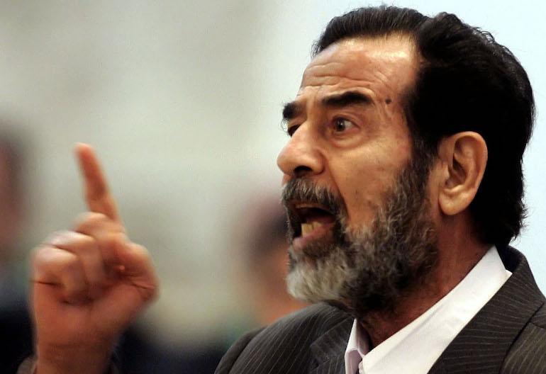 Intialaismies jakaa nimen pahamaineisen diktaattorin kanssa.