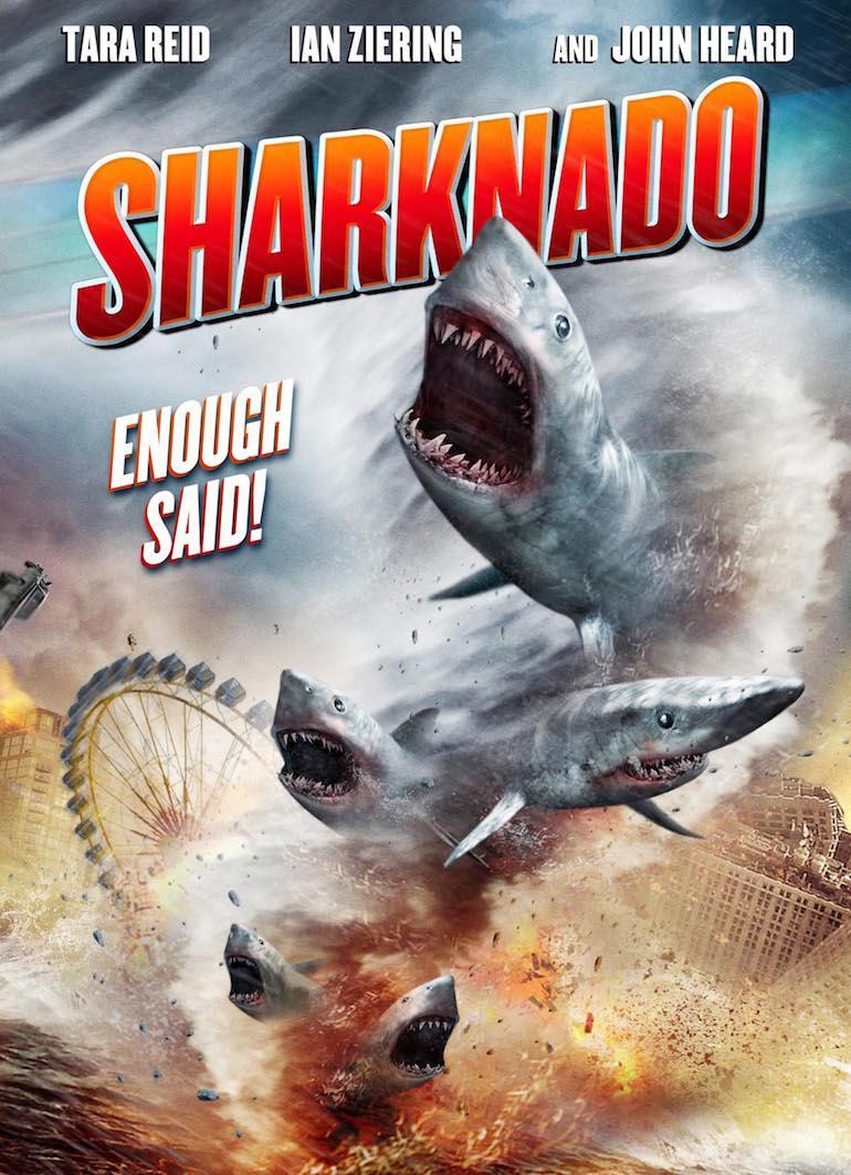 Moni pelkää Sharknadon iskevän Floridaan.