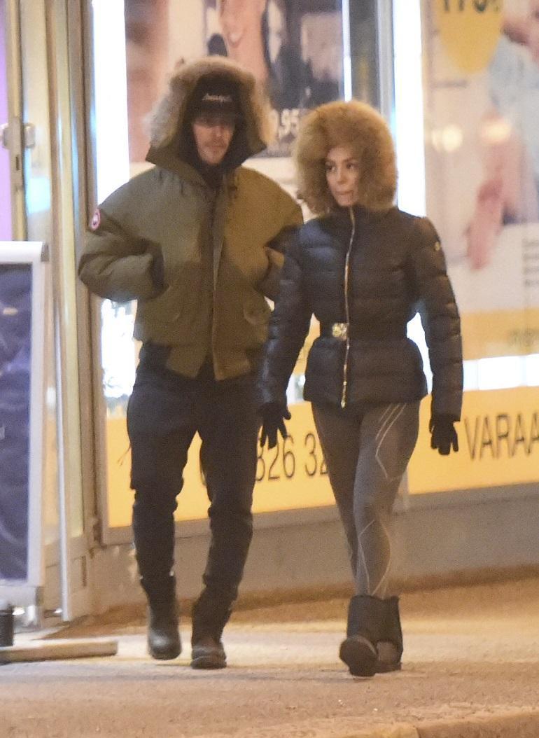 Nikon ja Sofian jäätävät välit.