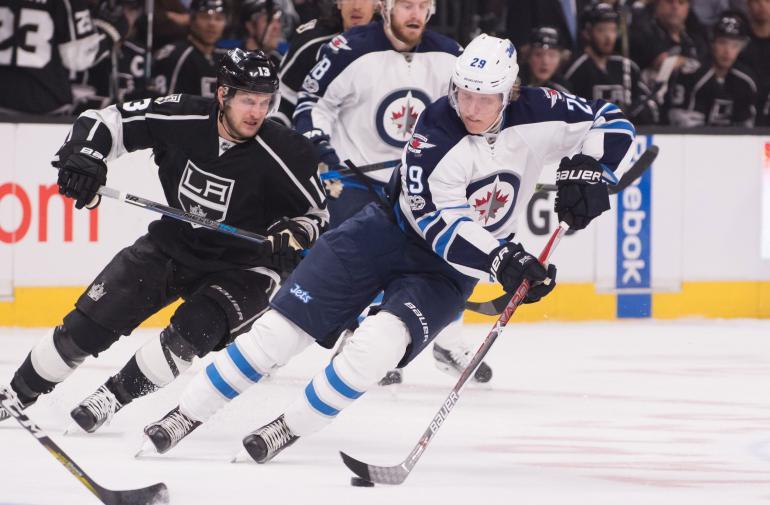 Patrik Laine on Winnipeg Jetsin armoitettu suomalaistykki.