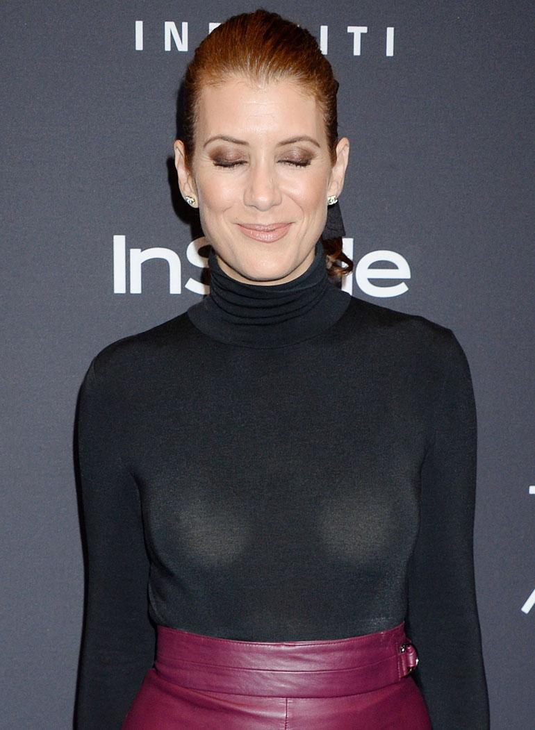 Kate Walshin paidasta näkyy läpi.