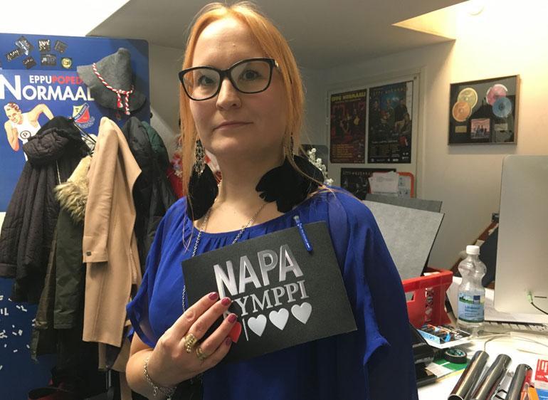 Neiti X:n, oululaisen Heidin silmälasit menivät huuruun kuvausten tiimellyksessä.