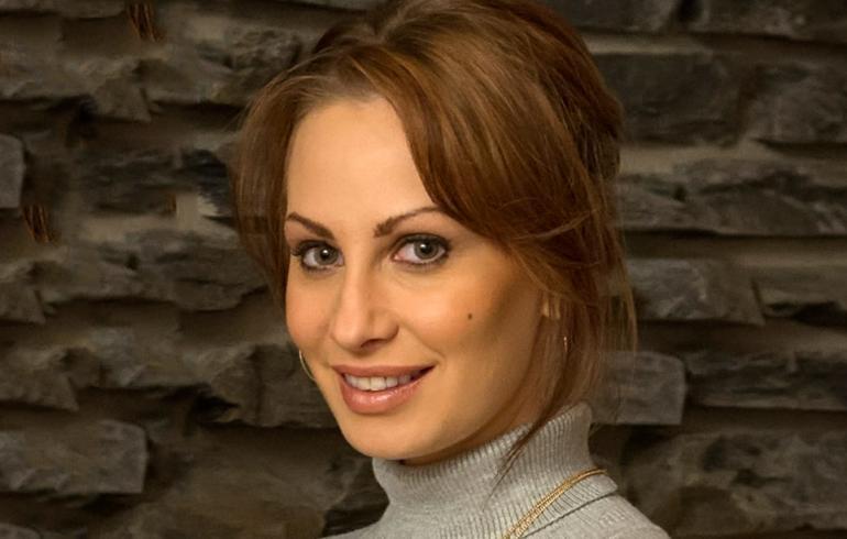 Katri Sorsa kirjoittaa perhe-elämän vaikeuksista: Seksissä olen luvalla lahna!