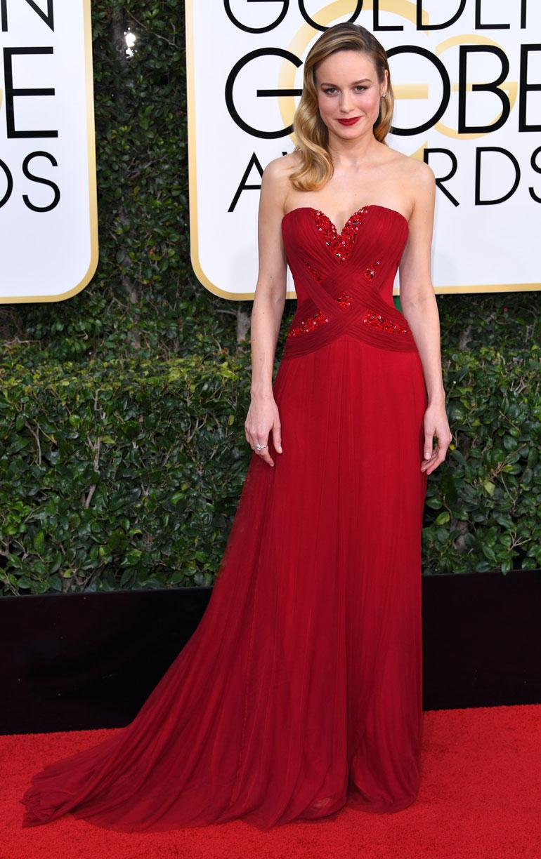 Oscar-voittaja Brie Larson, 27, oli valinnyt ylleen Rodarten puvun.