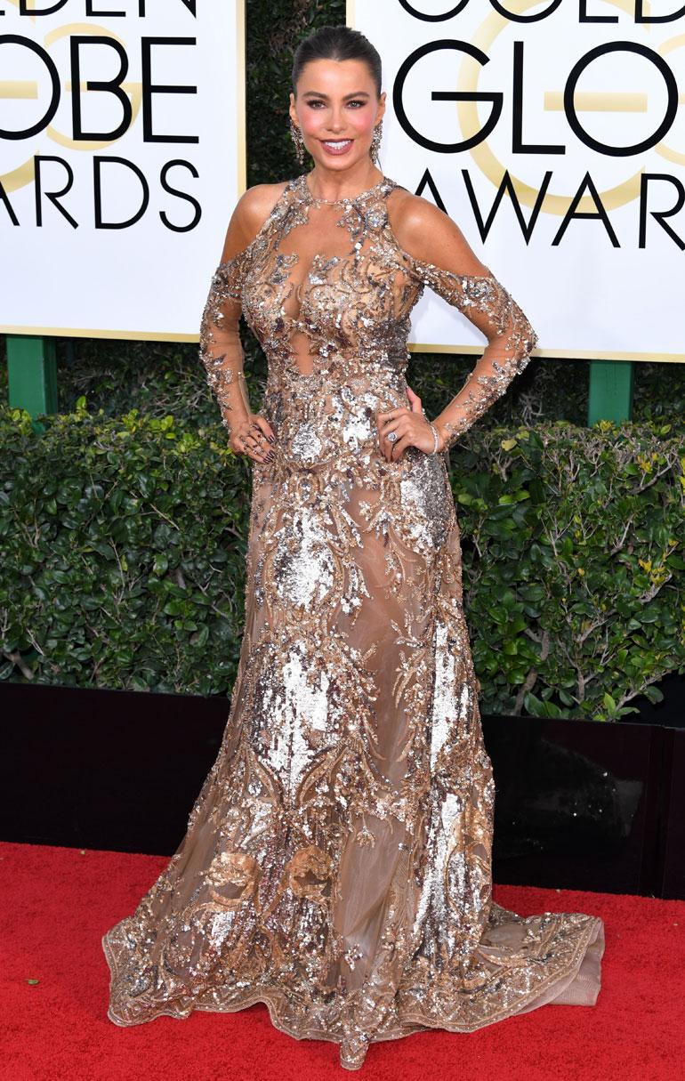 Kolumbialaissyntyisen näyttelijän Sofia Vergaran, 44, paljastava puku oli Zuhair Muradin.