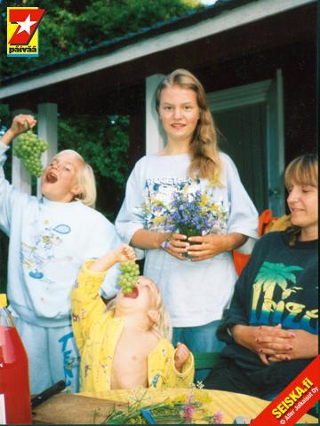 Uskoisitko, että näissä kuvissa poseeraa Johanna Tukiainen!