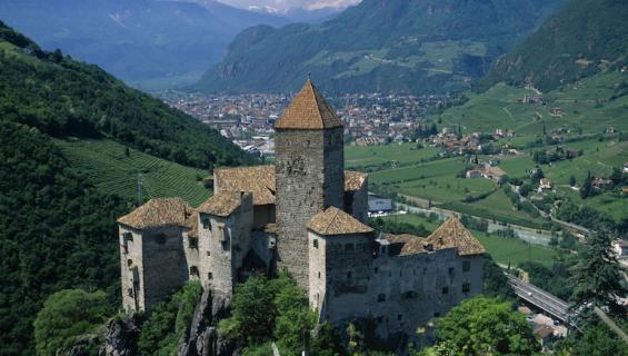 Haluaisitko linnan Italiasta?