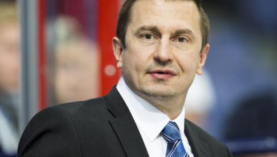Ville Peltonen voitti päättyneellä kaudella Sveitsin mestaruuden SC Bernin valmentajana.