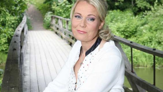 Juontaja Sari Tamminen eroaa.