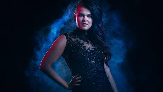 Saara Aalto X Factor -promokuva