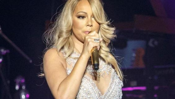 mariah carey thumb
