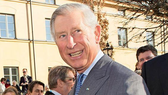 Charles vähentää edustustehtäviään.