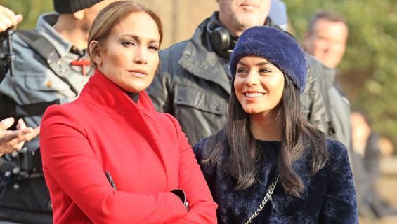 Vanessan kerrotaan ihailevan kovasti Jenniferiä.
