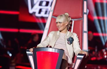 Anna Puu The Voice of Finlandin kuvauksissa.