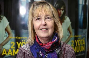 Leena Uotila tienaa Rakkautta vain -sarjan naisnäyttelijöistä eniten.