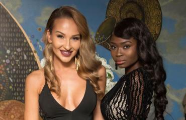 Katrie Daler ja Kelly Kalonji Miss Helsinki -finaalissa.
