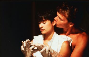 Myös Demi Moore suosi aaverakastajaa elokuvassa Ghost.