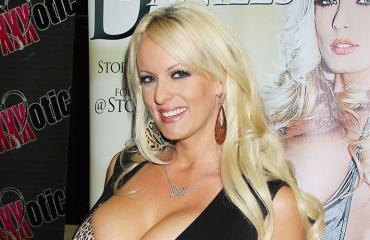 Stormy Daniels oli salasuhteessa Donald Trumpin kanssa.
