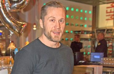 Hannes Hyvönen valmentaa Netta-rakastaan.