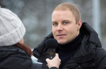 Valtteri Bottas nähtiin talviriehassa.