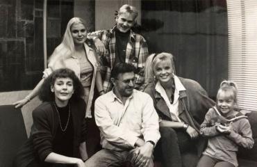 Blondi tuli taloon -sarjan tähdet tapasivat vuosien jälkeen.