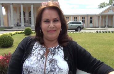 Nina Mikkonen pyytää anteeksi kohulausuntojaan: Minulla ei ole oikeutta loukata ketään!