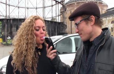 Melkoista menoa: Seiska pisti ajokorttinsa takaisin saaneen Johanna Tukiaisen kovaan ajotestiin – katso video!