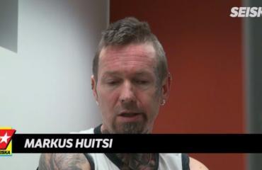 Faninsa 66 veitseniskulla murhannut iskelmämuusikko Markus Huitsi kirjoittaa uutta levyä: Vankilassa pitää esittää kovaa!