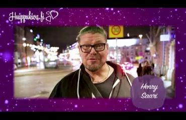 Seiskan ja Huippukivan joulukalenteri: luukku 2 – tämä sensuelli yöasu on myös ex-pornotähti Henry Saaren mieleen!