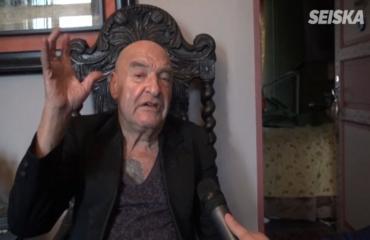 Remu Aaltonen 70 vuoden ikään – rokkarilegenda antaa elämänohjeen: Eläkää kybällä! Katso video!