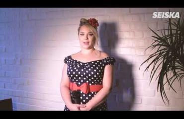 Vau mikä tuleva luokanopettaja! Miss Plus Size -finalisti Martina Ramsay, 27, harrastaa monipuolisesti liikuntaa – video!