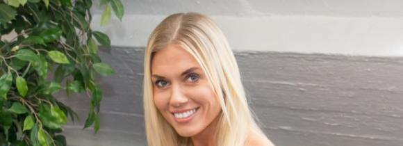 Henna Peltonen jatkaa fitness-uraansa.